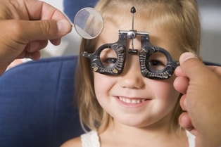 Childrens-Eye-Exams-Opticians-Hackney